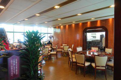 イノダコーヒー本店の新館の内装・雰囲気