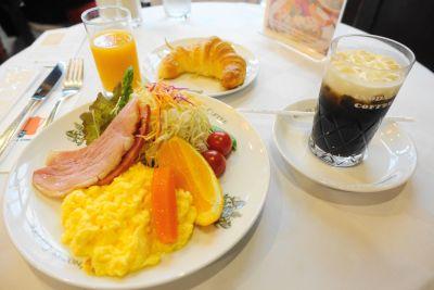 イノダコーヒー本店のモーニング「京の朝食」